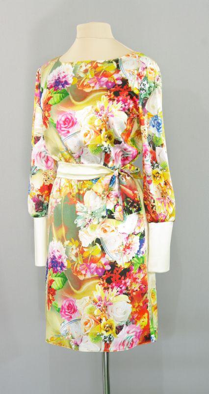 Платья из шелка с цветами