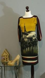 Платье с принтом Лондон, Киев, Украина