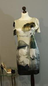 Шелковое платье с фотопринтом