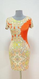 Мини-платье кроя карандаш, рисунок с имитацией вышивки